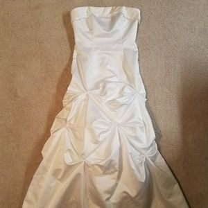 White wedding gown dress